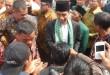 buka-muktamar-mathla-ul-anwar-jokowi-diberi-sorban-khas-bant
