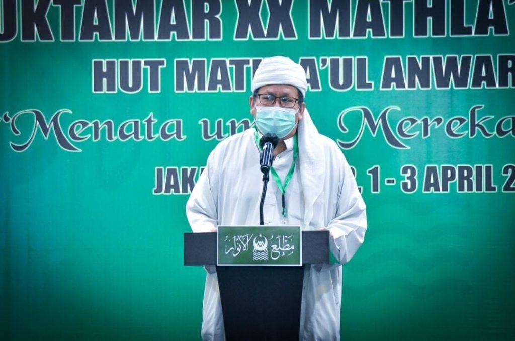Ustadz Tengku Zulkarnais saat pembacaan doa di pembukaan Muktamar XX MA 2021